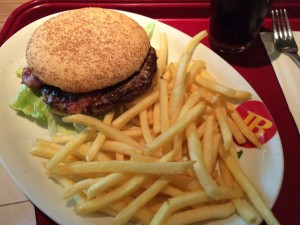 Burger & Fries mit Stuart Fowkes von Cities & Memory