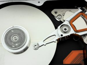 Hard Disk Drive (Photo: Homer chapa @Stockvault)